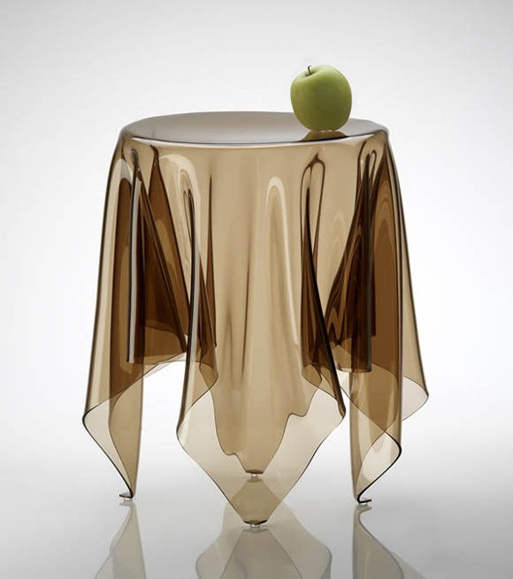 Illusion Table by John Brauer