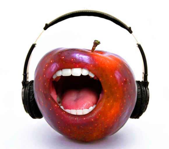 Singing Apple