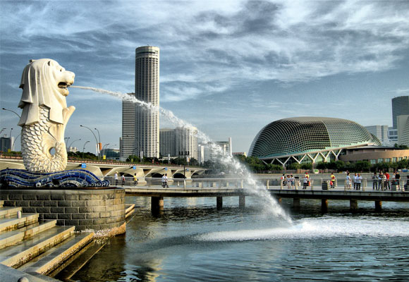 Merlion & the Esplanade