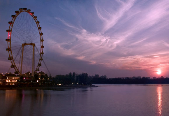Sun Rise At Singapore Flyer