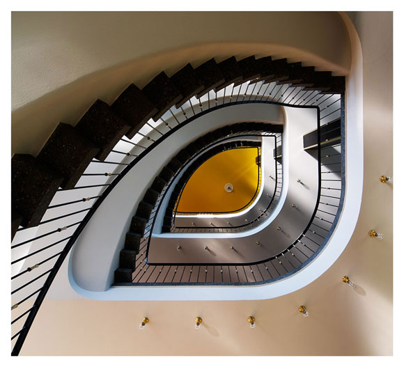 Architecture in the 50th (Staircase in the AOK-building in Kassel) by EOneArt