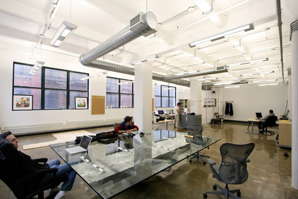 26 creative modern office designs from around the world for Modern office space layout