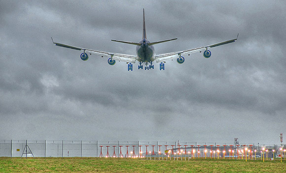 Approach of B747 at Stansted Airport