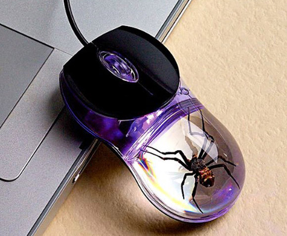 Smithsonian Glow-in-the-Dark Spider Computer Mouse