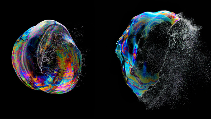 High-Speed Photographs of Bubbles in Mid-Burst: Fabian Oefner